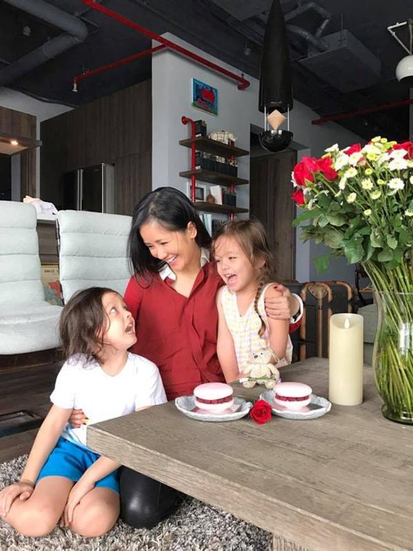 Căn hộ với hệ thống trồng rau sạch thông minh ở ban công của Diva Hồng Nhung giữa lòng Sài Gòn - Ảnh 14.