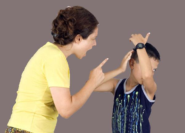 Những hành động của cha mẹ có thể làm gia tăng hành vi xấu của con - Ảnh 3.