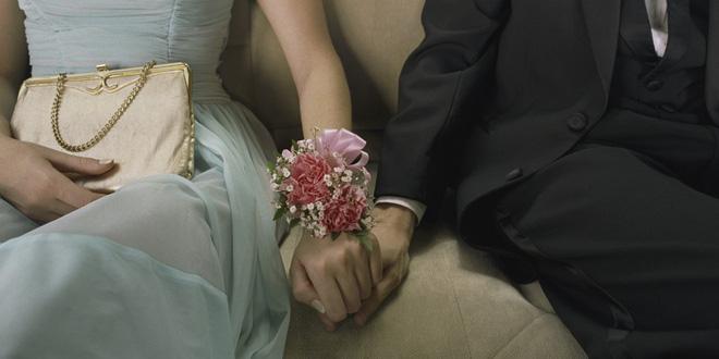 Không thống nhất được địa điểm tổ chức đám cưới, thế là nhà trai đùng đùng bỏ về còn đòi hủy hôn - Ảnh 1.