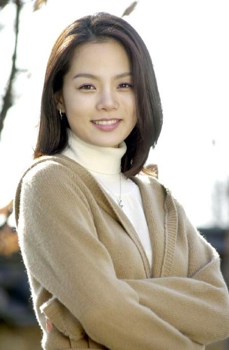 Chae Rim: Ngọc nữ một thời mất chồng vì quá yêu nghề, tuổi xế chiều trở thành thảm họa thẩm mỹ bị công chúng lãng quên - Ảnh 1.