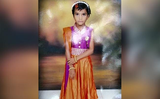 Bắt chước nhân vật yêu thích trong phim, bé gái 7 tuổi bỏ mạng vì bỏng nặng - Ảnh 1.