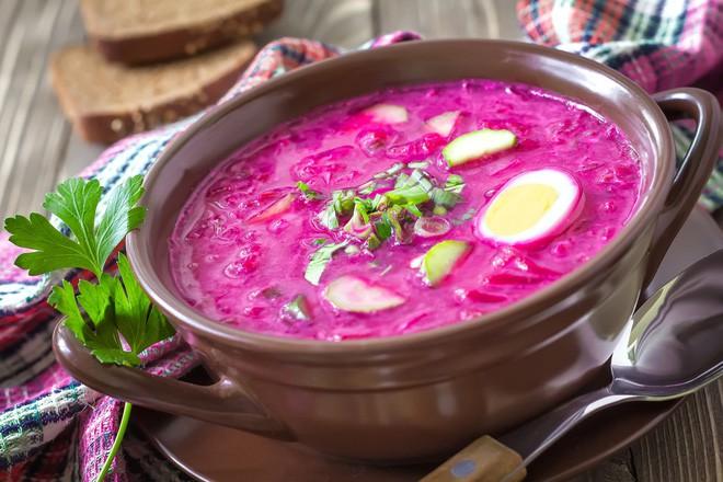 Món súp lạnh độc đáo ở Ba Lan không ngờ được làm từ loại củ phổ biến của Việt Nam - Ảnh 2.