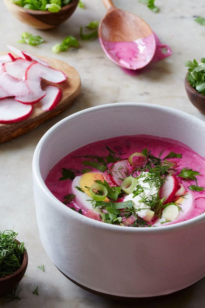 Món súp lạnh độc đáo ở Ba Lan không ngờ được làm từ loại củ phổ biến của Việt Nam - Ảnh 11.