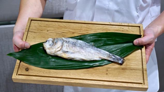 Ăn sushi lâu nay nhưng bạn có biết món sushi đầu tiên của Nhật có thể bảo quản tận 100 năm? - Ảnh 4.