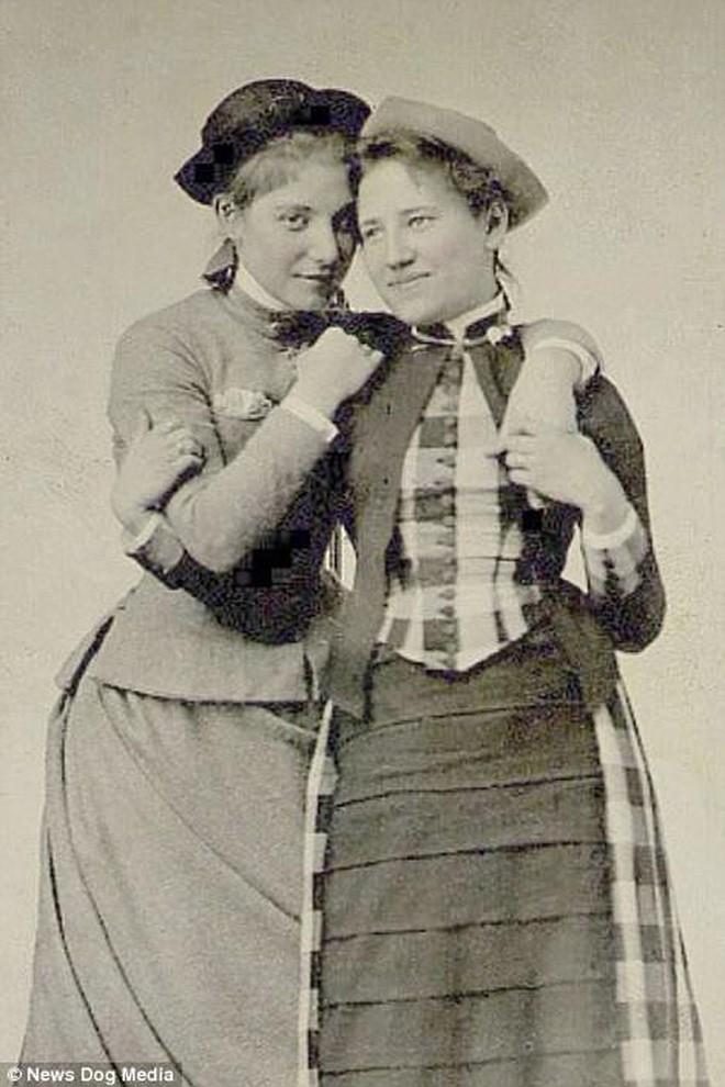 Chuyện kể qua ảnh: những chuyện tình đồng tính nữ phi thường vào thế kỷ 19 - 20 - Ảnh 5.