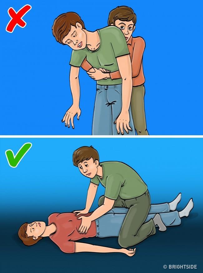 10 cách sơ cứu bạn cần nhớ kỹ để cứu mình thoát hiểm trong trường hợp khẩn cấp - Ảnh 7.