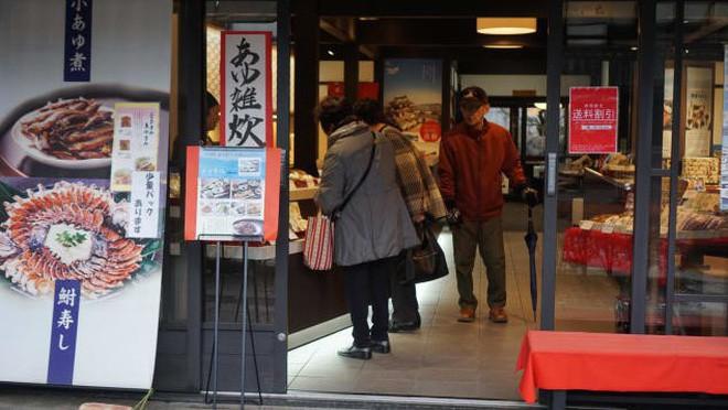 Ăn sushi lâu nay nhưng bạn có biết món sushi đầu tiên của Nhật có thể bảo quản tận 100 năm? - Ảnh 9.