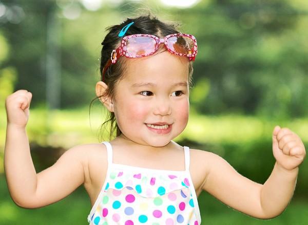 Bác sĩ Việt tại Pháp: Đừng kì thị kháng sinh, bởi dùng thuốc đúng lúc cũng giúp tăng cường hệ miễn dịch của trẻ - Ảnh 2.