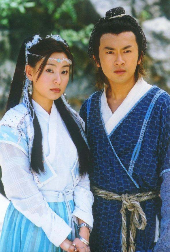 Fan sốc nặng khi anh hùng Trương Vô Kỵ bị biến thành môi đỏ, mắt to hệt như con gái - Ảnh 5.