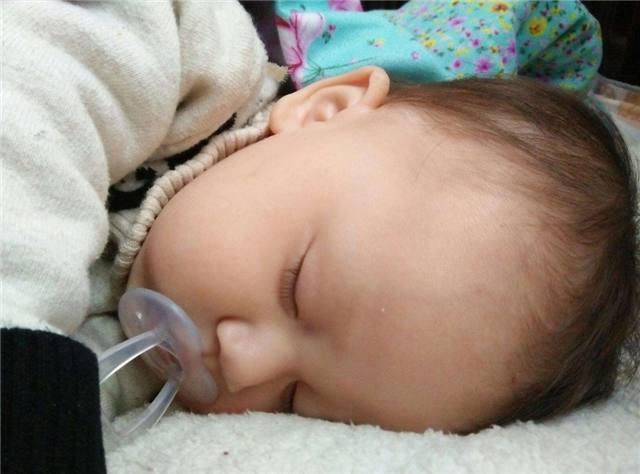 Muốn con lớn lên phát triển chiều cao và thông minh vượt trội, bố mẹ nên cho chúng ngủ vào những thời gian này - Ảnh 1.