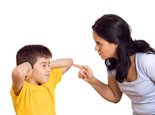 Con cái ngang ngạnh, bướng bỉnh không chịu nghe lời, cha mẹ đừng chần chừ mà hãy áp dụng ngay những phương pháp hiệu quả sau - Ảnh 2.