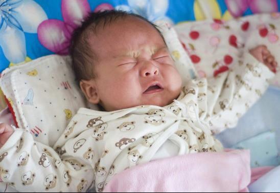 Mẹ bầu chơi điện thoại ban đêm thì thai nhi như thế nào, câu trả lời của chuyên gia sức khỏe sẽ khiến các mẹ buông ngay lập tức - Ảnh 3.