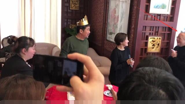 Hòa Thân Vương Cương, Càn Long Trương Thiết Lâm hội ngộ Kỷ Hiểu Lam Trương Quốc Lập nhân ngày sinh nhật  - Ảnh 6.