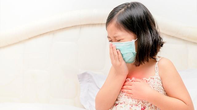 Hướng dẫn cha mẹ cách vô cùng hiệu quả để nhận biết dấu hiệu con đang bị bệnh gì chỉ nhờ thông qua tiếng ho - Ảnh 2.