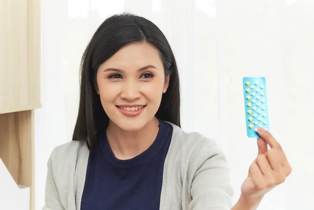 Những thắc mắc thường gặp khi sử dụng viên tránh thai kết hợp - Ảnh 1.