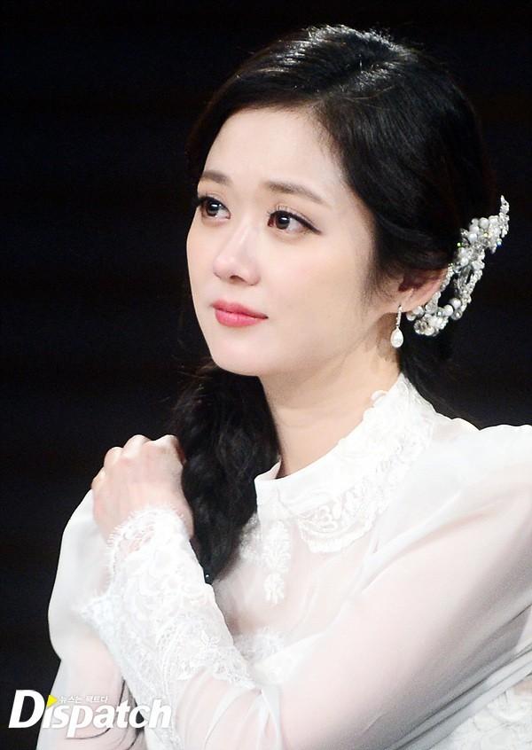 Dàn mỹ nhân sắc nước hương trời U40, U50 nhưng vẫn chọn cô đơn lẻ bóng của showbiz Hàn - Ảnh 12.