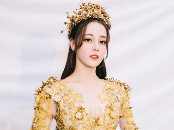 Không phải Dương Mịch - Angela Baby, nữ ca sĩ không có tài năng này lại là mỹ nhân nổi tiếng nhất Trung Quốc - Ảnh 7.