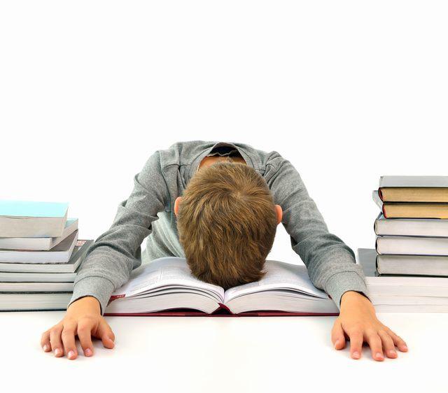 5 nguyên tắc mà cha mẹ rất nên nhớ và áp dụng sớm để giúp con nhỏ không bị suy sụp vì căng thẳng - Ảnh 4.