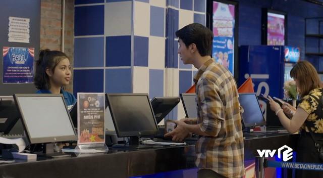 Những cô gái trong thành phố: Cười ngất trước cảnh trai nghèo Bình An đưa bạn gái đi xem phim giảm giá - Ảnh 3.