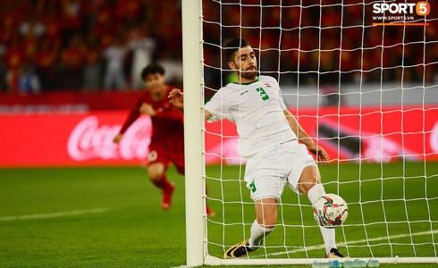 Nhận thất bại vô cùng đáng tiếc trước Iraq, chuỗi bất bại của đội tuyển Việt Nam dừng lại ở con số 18 - Ảnh 7.