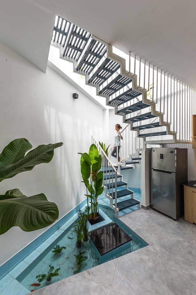 Ngôi nhà Việt đẹp thuyết phục dù xây trên mảnh đất với vô số khuyết điểm  - Ảnh 6.