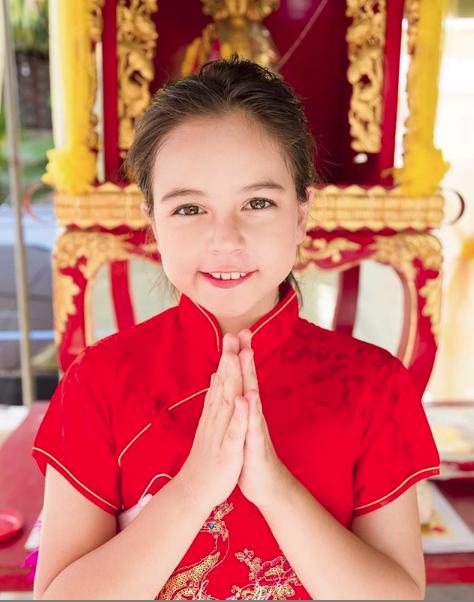 Hai thiên thần nhí Thái Lan từng khuynh đảo khắp châu Á gây sốt với vẻ ngoài hiện tại, khoe ảnh du lịch Việt Nam - Ảnh 7.