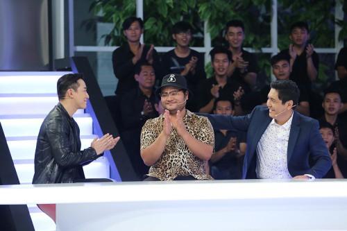 Hứa Vĩ Văn khẳng định Trấn Thành mất hết tự do vì Hari Won quản chặt, đồng nghiệp tố cặp đôi bỏ bê bạn bè - Ảnh 2.