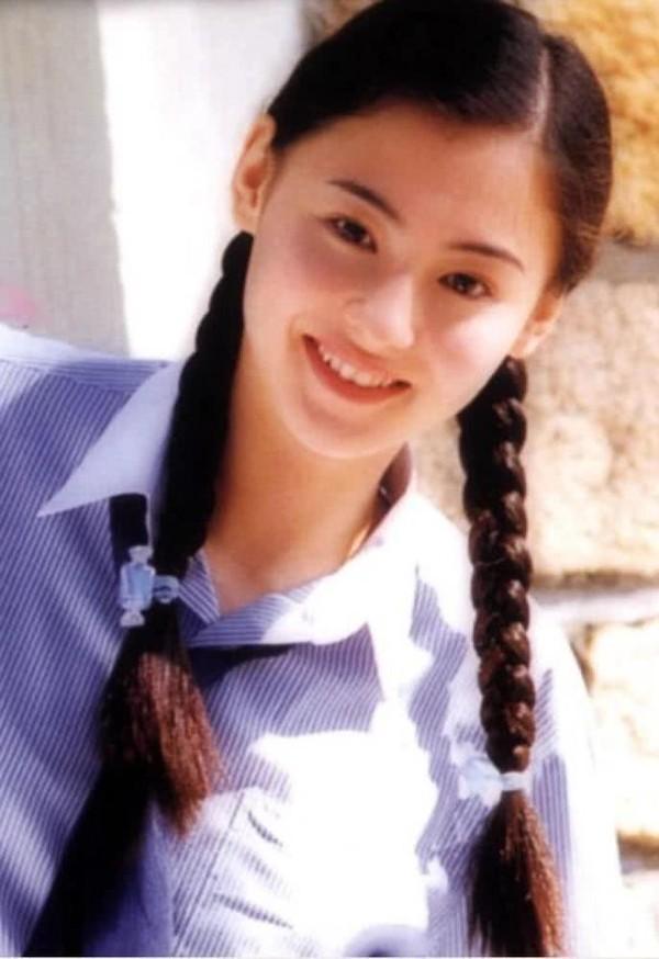 Hình ảnh Dương Mịch, Lưu Diệc Phi và dàn mỹ nhân Cbiz khi ở tuổi 17 - Ảnh 8.