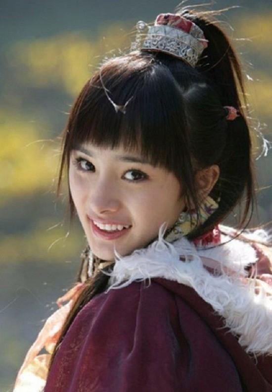 Hình ảnh Dương Mịch, Lưu Diệc Phi và dàn mỹ nhân Cbiz khi ở tuổi 17 - Ảnh 3.