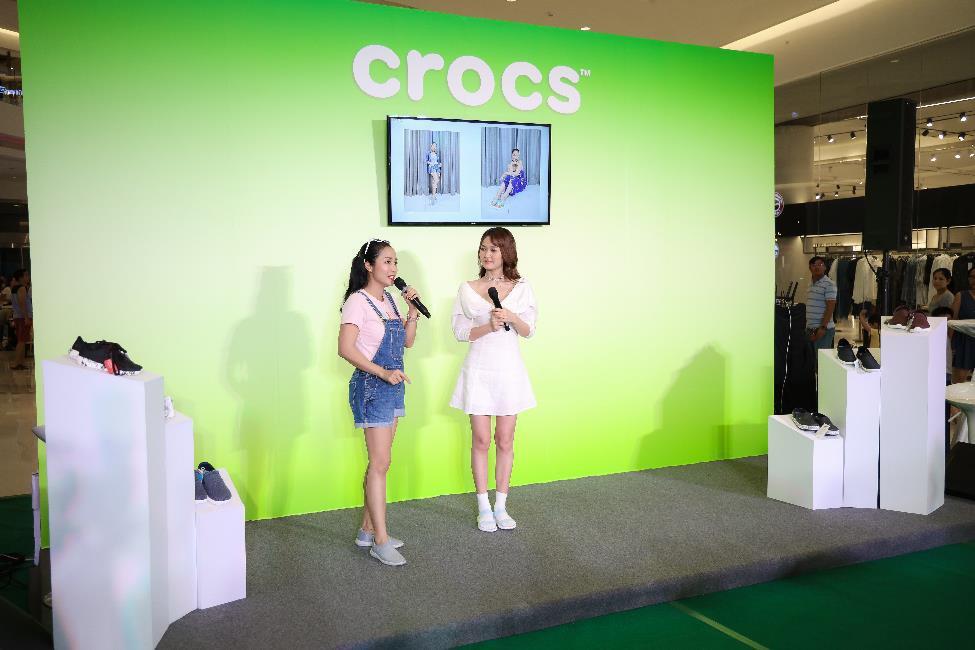 Nhung Gumiho và Ốc Thanh Vân tham gia sự kiện Crocs ra mắt 3 dòng sản phẩm mới, lý giải vì sao ai cũng nên sở hữu ít nhất 1 đôi đến từ thương hiệu này - Ảnh 8.