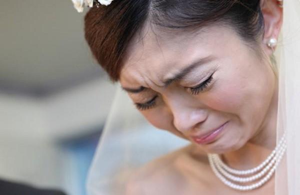Trước ngày cưới người yêu cũ của chồng đưa con đến để nhận bố, vì có bầu tôi vẫn chấp nhận lấy anh, thế nhưng sự việc bất ngờ diễn ra trong ngày cưới khiến tôi chết lặng - Ảnh 2.