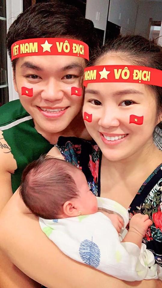 """""""Soi"""" nhất cử nhất động của sao Việt (10/10) - Ảnh 6."""