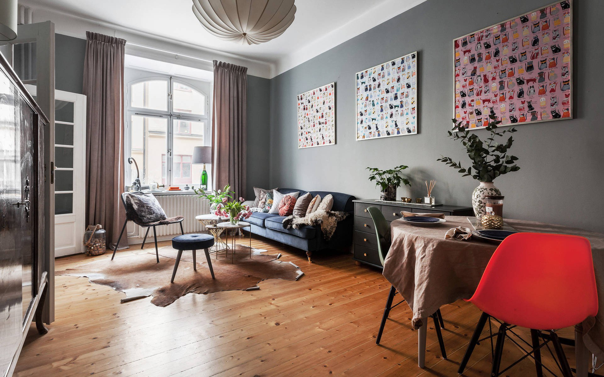 Căn hộ rộng 42m² với cách bài trí nội thất rất vừa mắt
