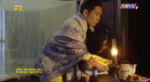 """""""Tiếng sét trong mưa"""": Mới 16 tuổi đã đòi ngủ với con gái Thị Bình, Xuân lao vào ôm Phượng khiến fan lo sợ - Ảnh 4."""