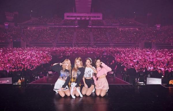 """""""Drama"""" tour BLACKPINK và MAMA tổ chức cùng ngày tại Nhật Bản: Đã xác định được """"phe"""" chiến thắng! - Ảnh 2."""