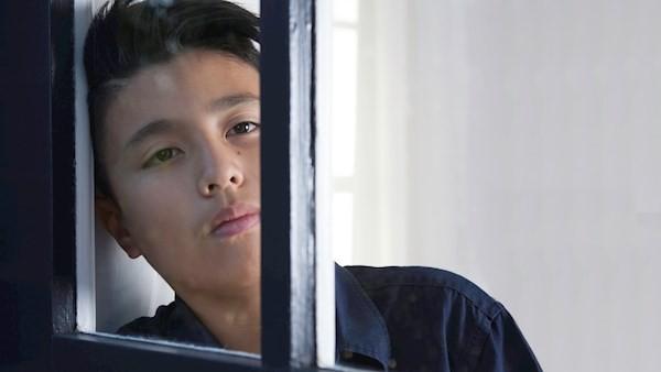 Nhìn con trai ngồi trong phòng bảo vệ của công ty vào sáng sớm, tôi uất hận vợ cũ đến mức chỉ muốn giành lại quyền nuôi con - Ảnh 2.