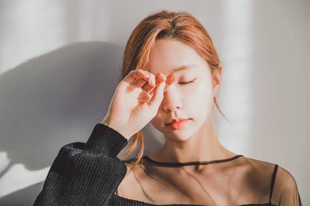 Khoa học chứng minh: Ngủ quá nhiều hoặc quá ít đều dẫn đến bệnh mất trí Alzheimer - Ảnh 3.