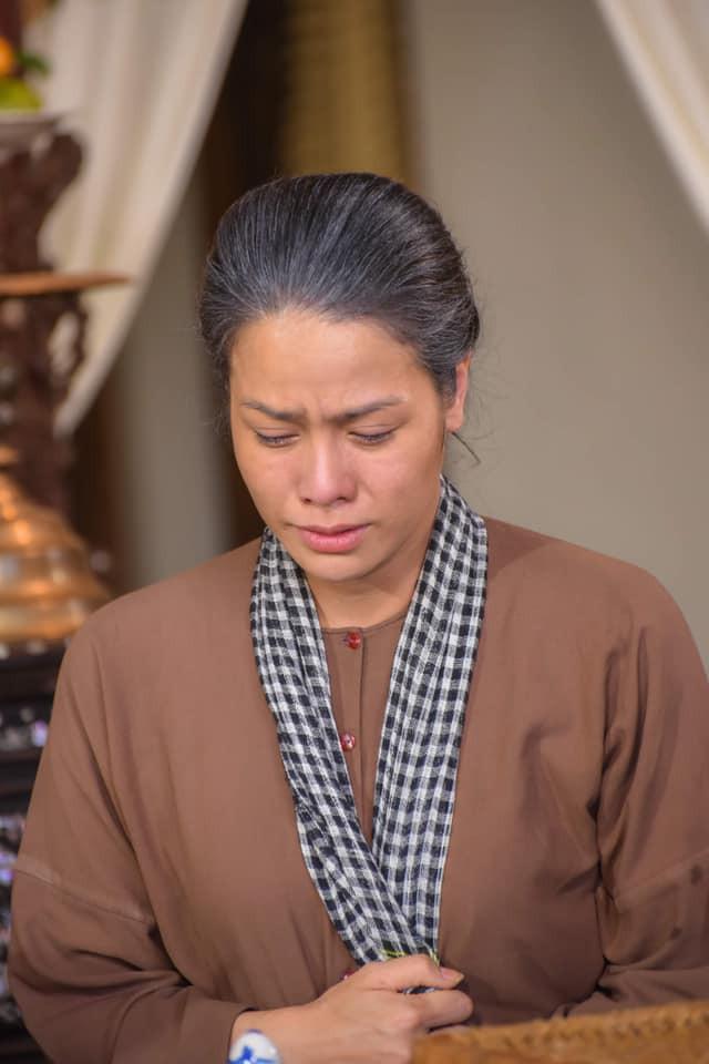 """""""Tiếng sét trong mưa"""": Nhật Kim Anh xúc động trước fan đặc biệt, Hoài Linh bất ngờ xác nhận đó là con gái mình - Ảnh 8."""