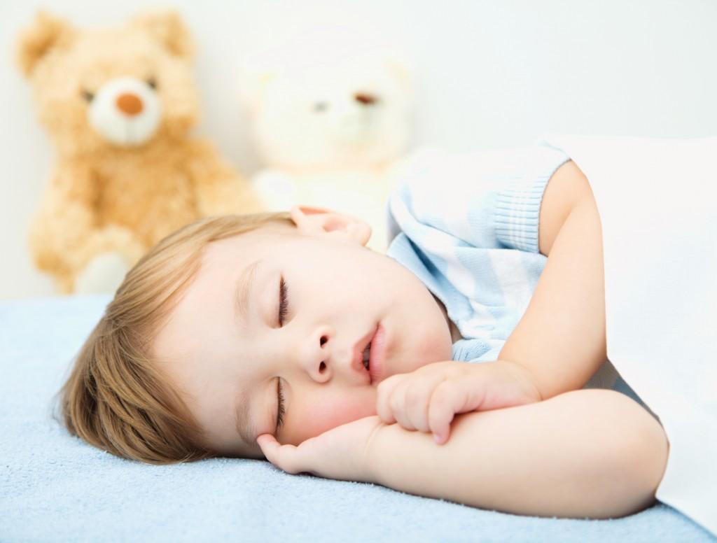 Giấc ngủ ngon cho con - món quà quý báu đầu đời bố mẹ nhất định phải thực hiện - Ảnh 1.