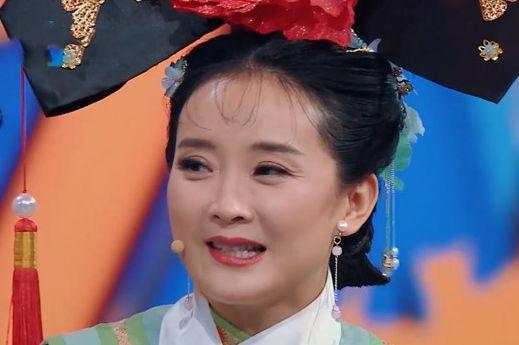 Không thể tin đây lại là nhan sắc thật của những mỹ nhân đình đám Hoa ngữ: Dương Mịch lộ da sần sùi, Triệu Vy già tới mức khó tin - Ảnh 12.