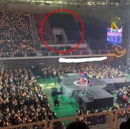 Sau BLACKPINK, đến lượt TWICE bị khán giả quê nhà làm lơ, tổ chức fanmeeting nhưng vẫn còn đầy ghế trống - Ảnh 2.