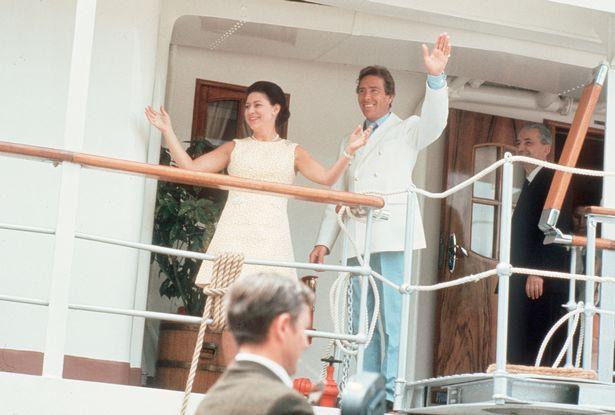 """Lời nguyền """"trăng mật"""" trên chiến du thuyền sang trọng bậc nhất hoàng gia: 4 cặp đôi đều tan nát gia đình, trong đó có 3 người con của Nữ hoàng Anh - Ảnh 5."""