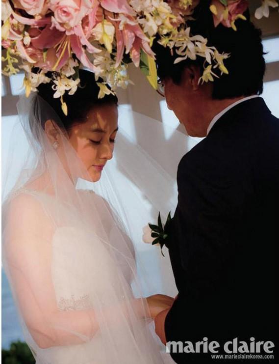 """Lộ hình ảnh hiếm hoi của chồng đại gia 70 tuổi và con trai của """"nàng Dae Jang Geum"""" Lee Young Ae - Ảnh 3."""