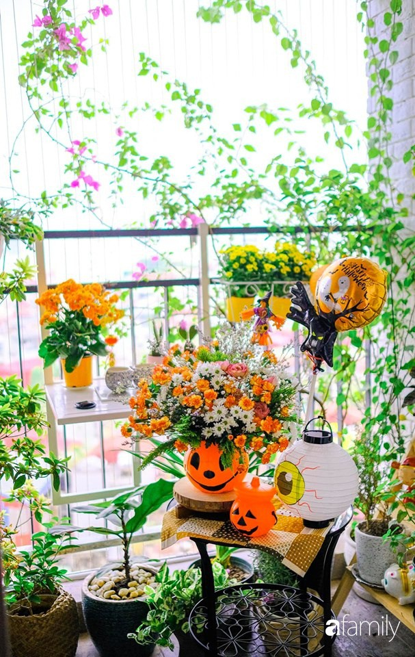 Căn hộ 86m2 rực rỡ sắc màu Halloween nhờ bàn tay khéo léo của mẹ trẻ yêu thích cắm hoa ở Hà Nội - Ảnh 13.