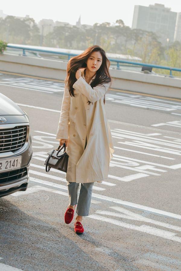 street style trench coat - Ảnh 3.