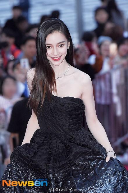 Giới truyền thông Hàn Quốc trầm trồ trước nhan sắc đẹp không tì vết của Angelababy, dù là qua những hình chưa chỉnh sửa - Ảnh 4.
