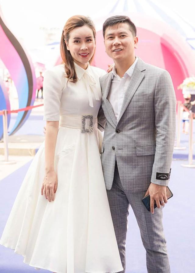 Hồ Hoài Anh và Lưu Hương Giang đã hoàn tất thủ tục ly hôn sau 10 năm vợ chồng? - Ảnh 1.
