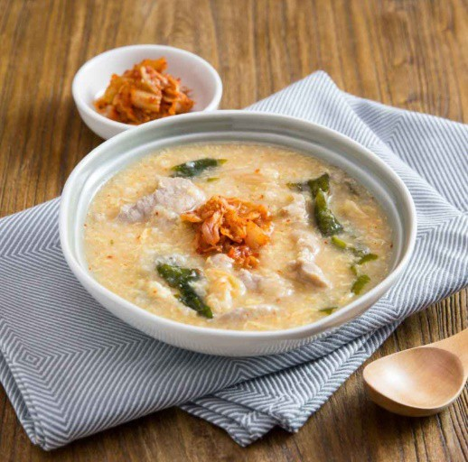 Học người Hàn cách nấu cháo thịt thơm ngon, ai thử cũng thích! - Ảnh 6.