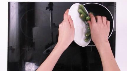 Bữa trưa có salad đậu phụ, ăn no bao nhiêu cũng chẳng sợ mập - Ảnh 2.