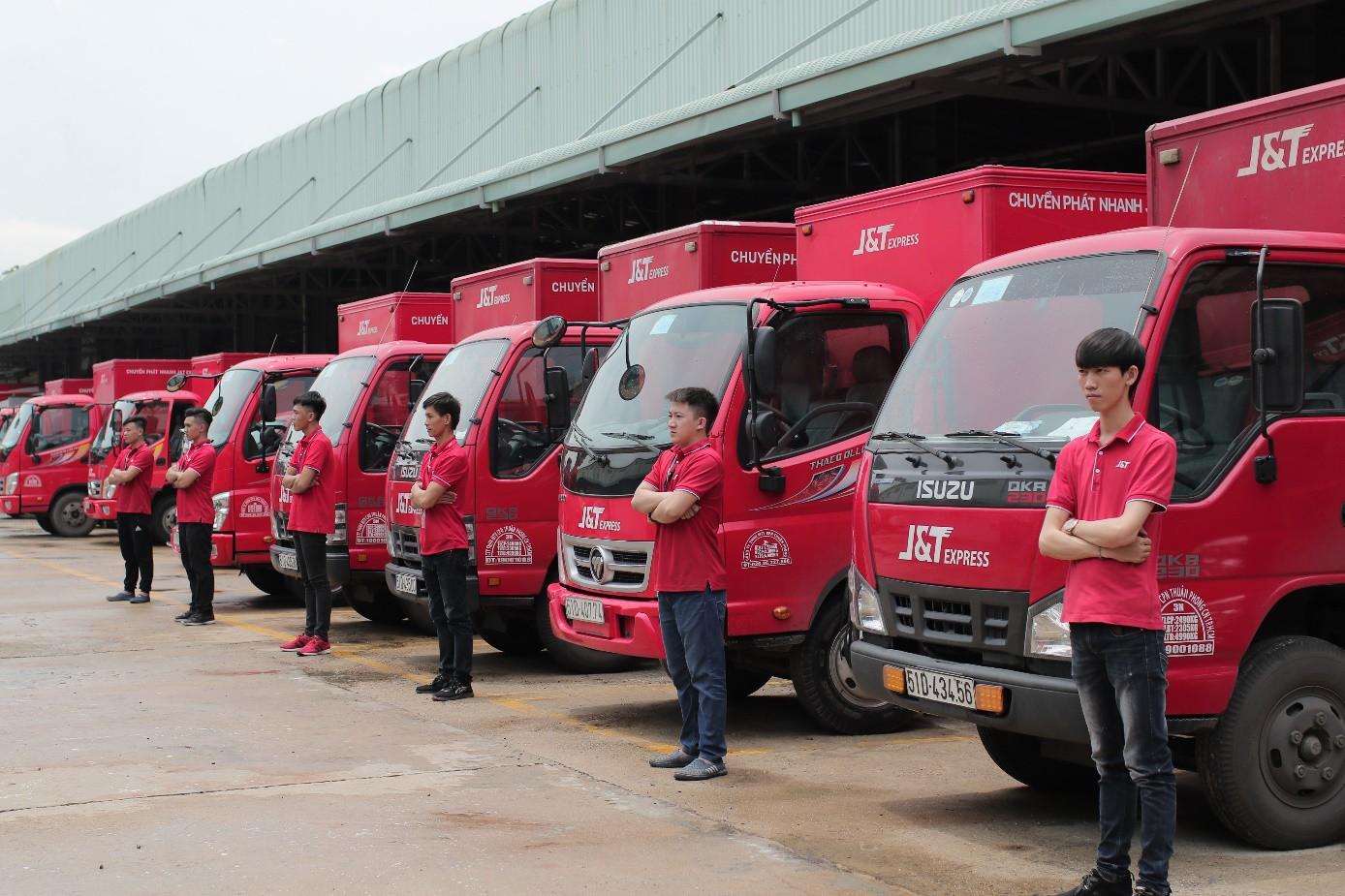 """""""Bùng nổ"""" dịch vụ chuyển phát nhanh trên thị trường thương mại điện tử tại Việt Nam - Ảnh 2."""